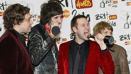 Brit Awards 2010 - Kasabian