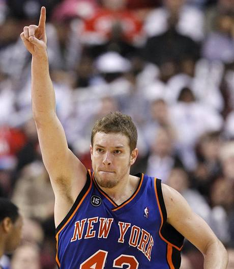 David Lee z New York Knicks se raduje.