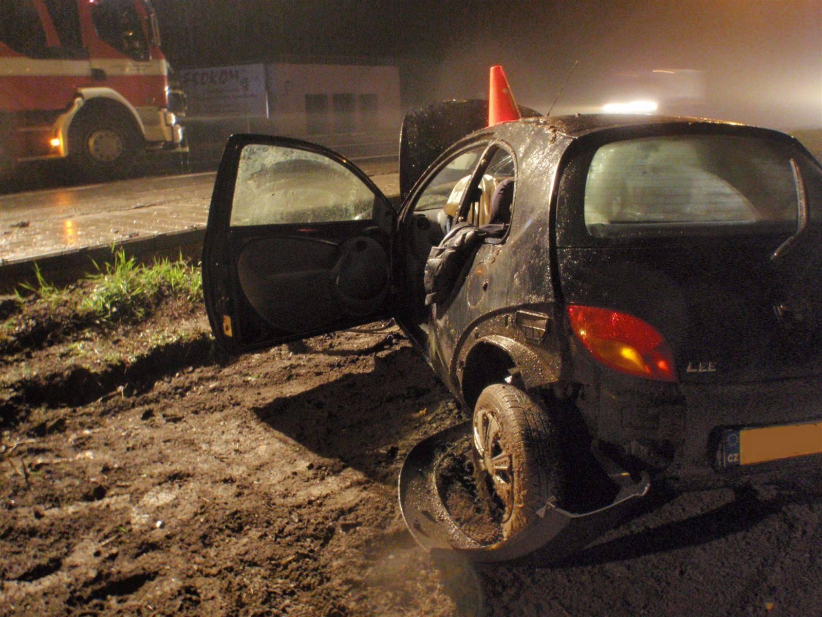 Nehoda Vozu Znacky Ford Ka U Bilan Na Kromerizsku