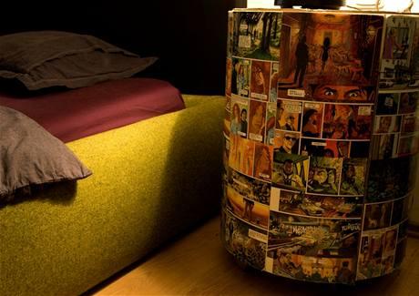 f251f9b21fc Originální byt ohromí zajímavými nápady a ložnicí v komiksovém stylu ...