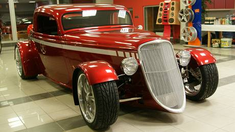 Hot Rod - replika Fordu Coupe 1933