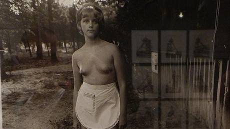 Z výstavy Picture by Women: A History of Modern Photography
