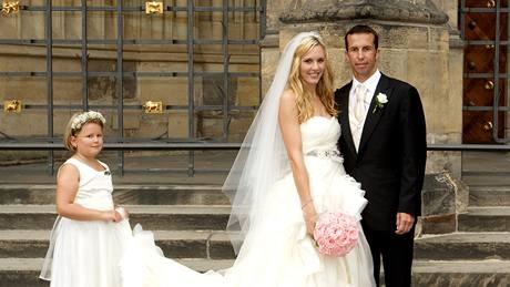 S velkými ňadry do korzetu. Vyberte si svatební šaty podle typu postavy ac8f60baa8