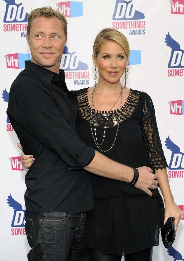 Christina Applegate a Martyn Lenoble