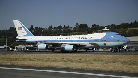 Air Force One na letišti u Seattlu