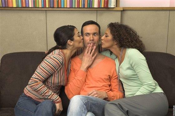 Zdarma eben lesbo
