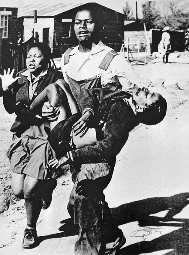 Snímek odhalil brutalitu policie. Rodina jinou fotku mrtvého chlapce ... 1b0bdeb81b