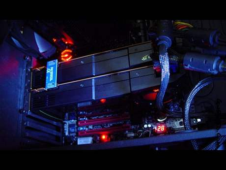 GeForce GTX 580 v SLI