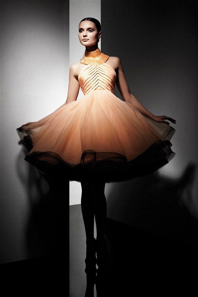 Budte Sik Jako Grace Kelly Zvolte Luxusni Materialy A Nadcasove