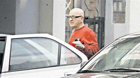 86105004a4c Při volbě starosty Prahy 12 zvítězil bývalý komunista nyní člen ČSSD  František Adámek.