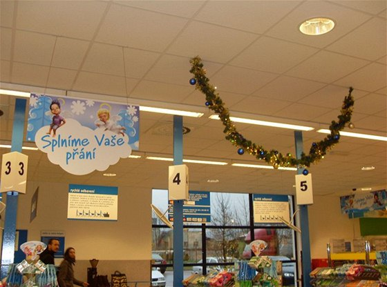 Supermarkety Ahold zavřou na Štědrý den v 15 hodin 594b19895e2