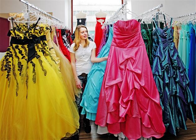 Chci princeznovské šaty 983cc4a811