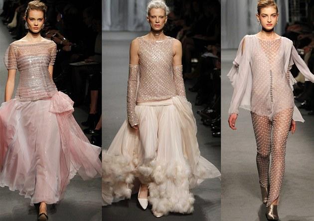 Šaty pro Chanel předvedla i prošedivělá 46letá modelka - iDNES.cz c3bf8dd4eb