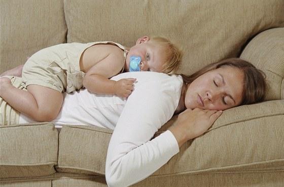 Dnešní matky nejsou líné. Jen myslí víc na sebe - iDNES.cz 5d7e1e3d08