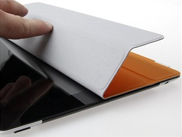 iPad 2 - Smart Cover (skladani)