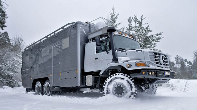 Mercedes-Benz Zetros 6x6 Mongolian Expedition Vehicle