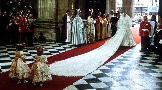 Infografika Britske Kralovske Svatby Jsou Velkolepe S Rozvody Za