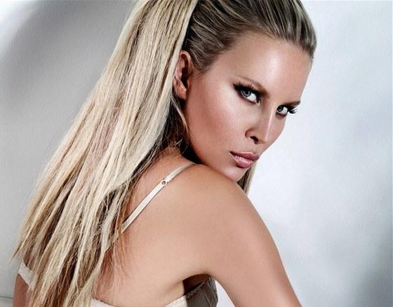Prodloužené vlasy potřebují více péče. Pak budou vaší ozdobou - iDNES.cz fe0a6156e84
