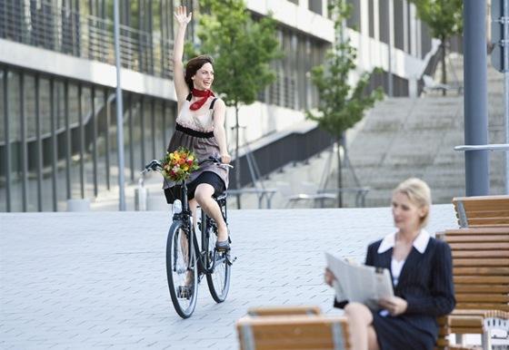 Osedlejte si kolo a vyrazte do práce - iDNES.cz b56f0eecb7