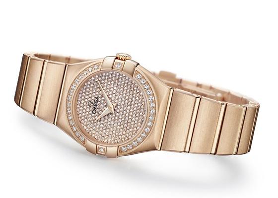 Světový veletrh hodinek v Basileji představil i exkluzivní ... e6f033bdfa