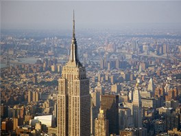 Empire State Building navrhl William F. Lamb z architektonické firmy Shreve, Lamb a Harmon.