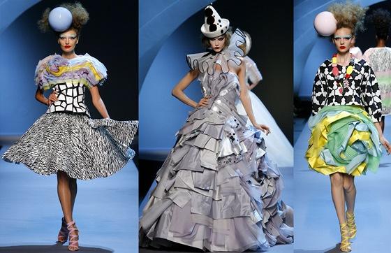 Poslední haute couture kolekce Dior byla propadák. Vrátí se Galliano ... a56de5bff5d