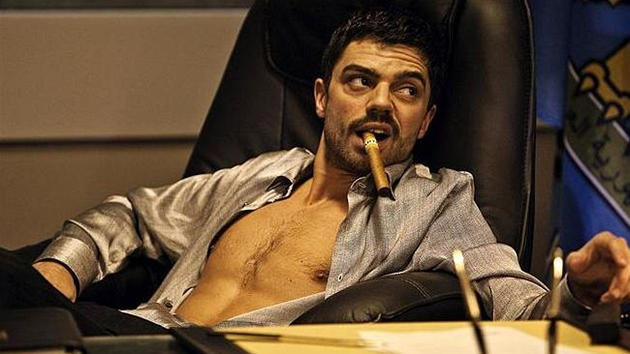 Dominic Cooper ve filmu The Devil's Double