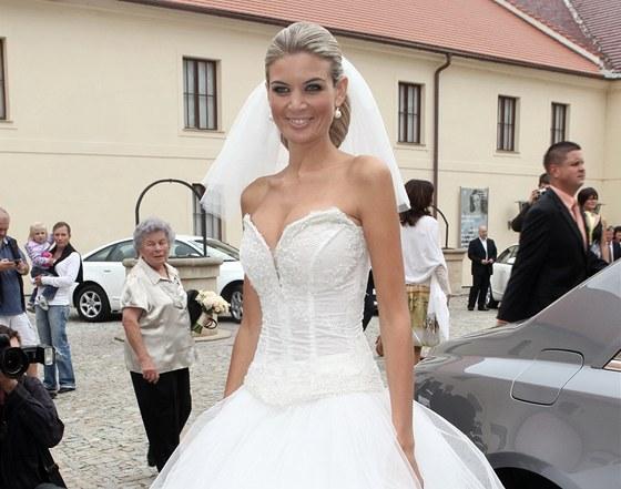 iveta lutovska kalendar Miss Iveta Lutovská se vdala na zámku, je z ní paní Vítová   iDNES.cz iveta lutovska kalendar