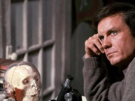 Cliff Robertson ve filmu Charly (1968)