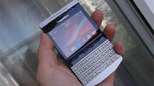 BlackBerry 9980 (R47)