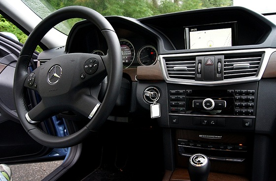 Mercedes E 200 NGT BlueEFFICIENCY