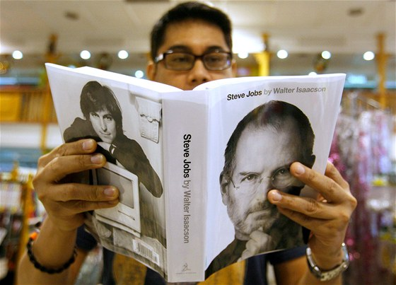 Steve Jobs Chtel Znicit Android Za Kazdou Cenu Idnes Cz