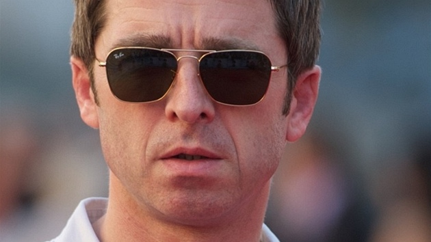 Noel Gallagher na premiéře filmu George Harrison: Living in the Material World...