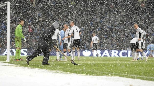 Utkání mezi Manchesterem City a Fulhamem muselo být ... e6e8ce1a7c