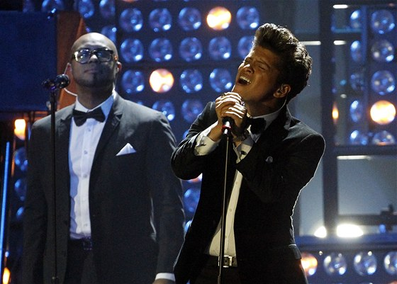 Brit Awards 2012: Bruno Mars
