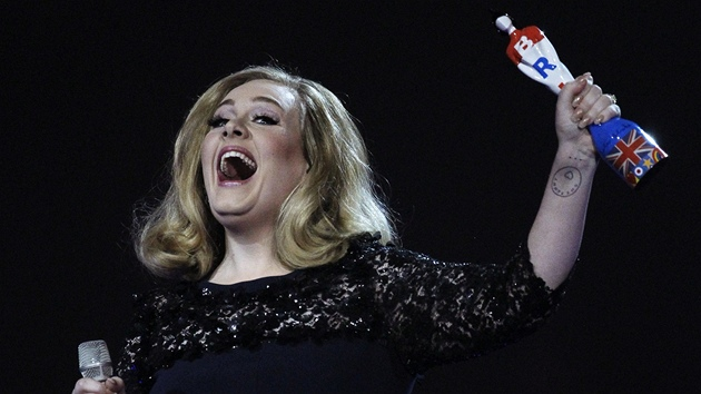 Brit Awards 2012: Adele