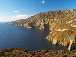 Irsko, Donegal Bay, skalní útes Slieve League