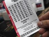 VYHRAJE? Tiket americké loterie Mega Millions může vynést přes půl miliardy