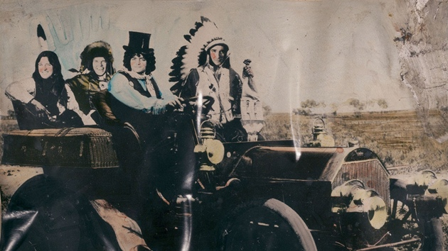 Neil Young & Crazy Horse: Americana (obal alba)
