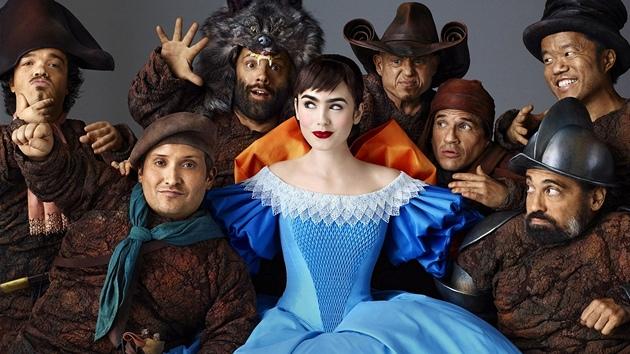 7b4bae62afa Lily Collinsová ve filmu Sněhurka (2012)