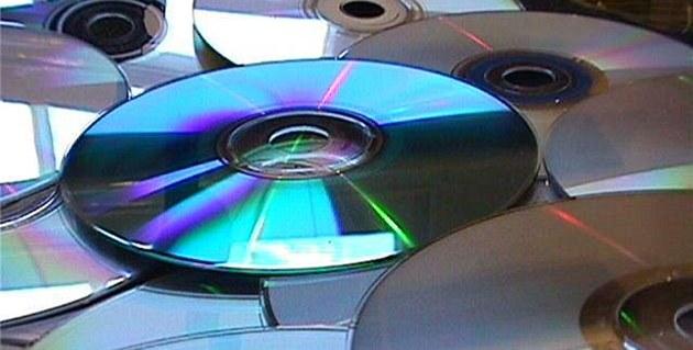 Co Češi tolik nekupují. CD a DVD už jsou mrtvá i pro statistiky