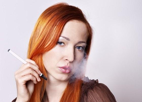 britney spears dávat kouření velké péro muži kurva ženy
