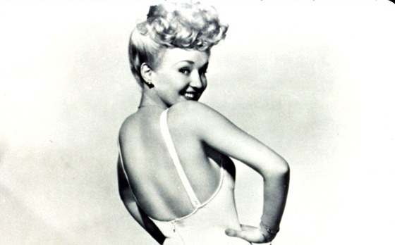 Perla pin-up modelek Betty Grable