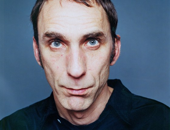 Will Self (1961) - vlastním jménem William Woodard  - mj. autor prózy Umbrella.