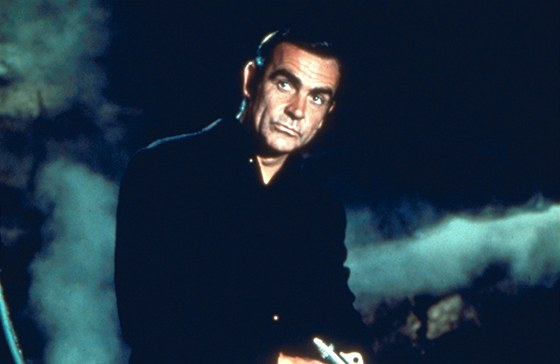 Sean Connery jako James Bond