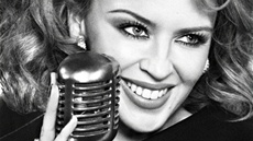 Kylie Minogue na obalu alba The Abbey Road Sessions