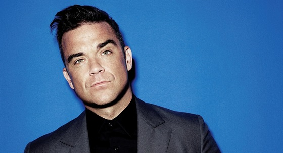 Robbie Williams se nechal fotit k desce Take the Crown.