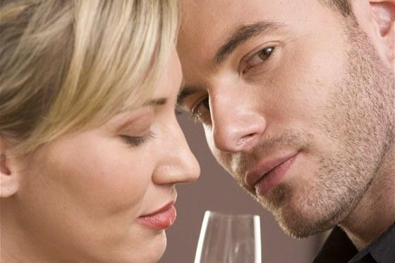 randit s klukem, se kterým tvůj přítel spal pinay datování v Katar