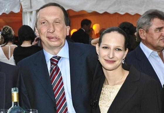 Klaus Ml: Klausovi Mladšímu Nevyšlo Ani Druhé Manželství. Podal