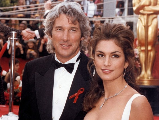 Richard Gere a Cindy Crawfordová (1993)